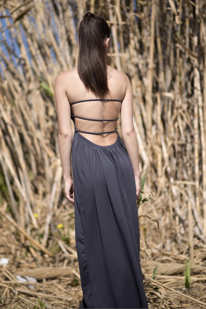 vestidos super escotados de espalda diseñados en Barcelona. Isabelas Bcn