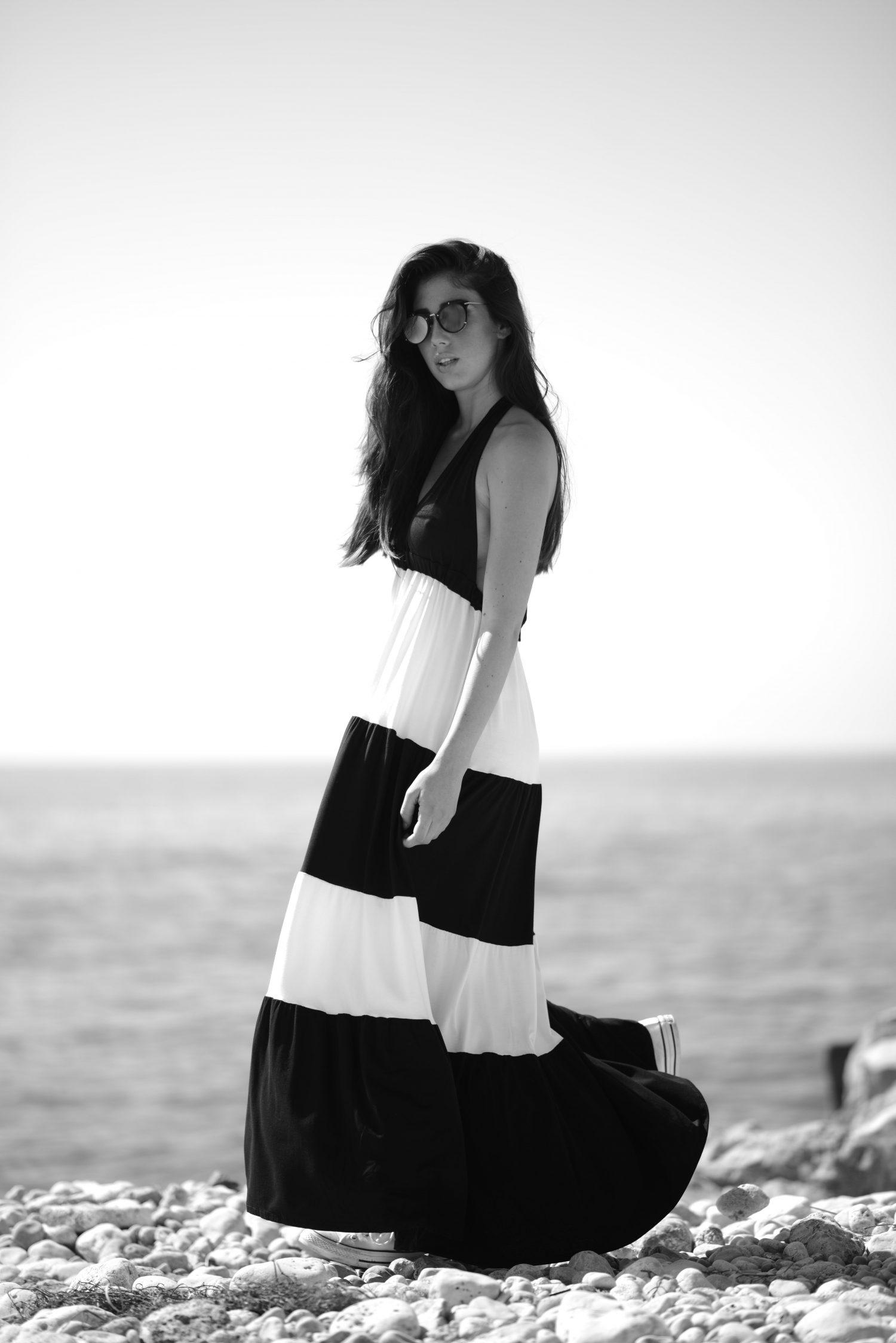 Maxi vestido blanco y negro escote halter, Isabelas Bcn